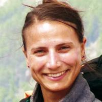 Dr. Gerda Dauz
